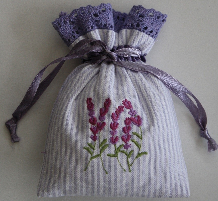 Lavender Embroidered Drawstring Lavender Bag (Filled)
