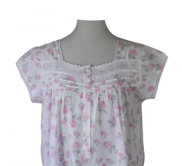 Liberty Rose Short-Sleeved Sweetheart Neckline